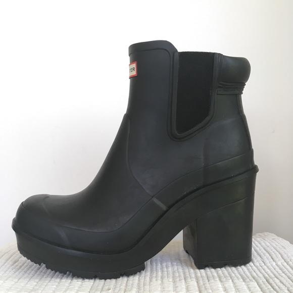 Hunter 8 Rain Boots Chelsea Chunky Heel